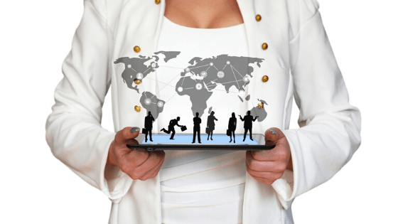Sourcing VS. Internal management of international purchasing