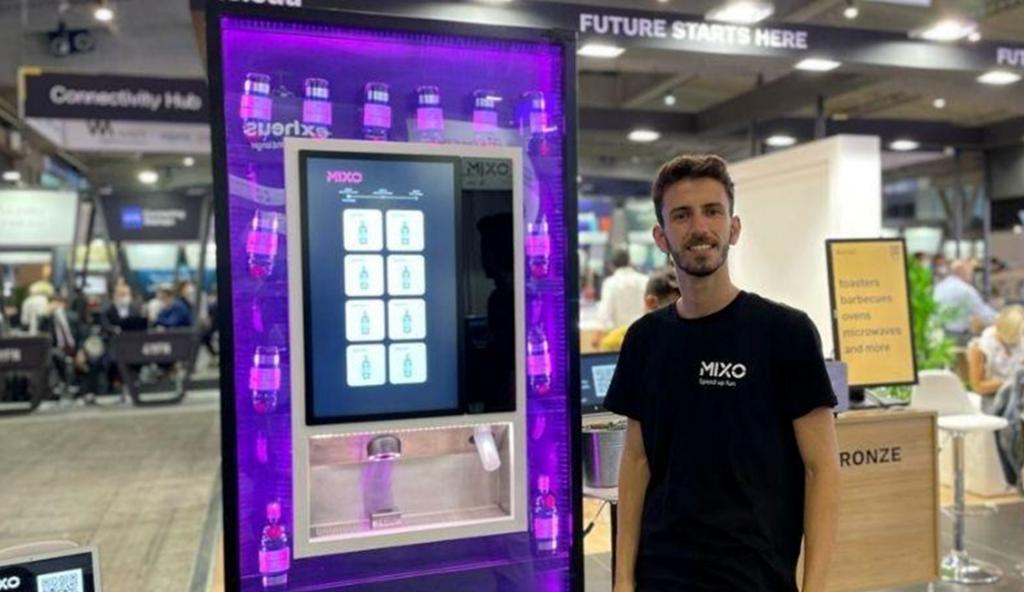 MIXO vending